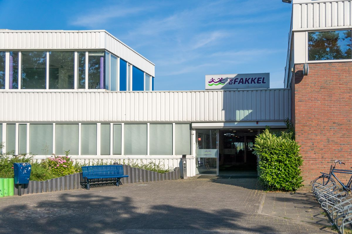 Iets Nieuws Burgermeester Ridderkerk eist actie van management zwembad De OK89
