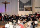 Veel bezoekers bij kerstconcert Harmonie Slikkerveer 📷