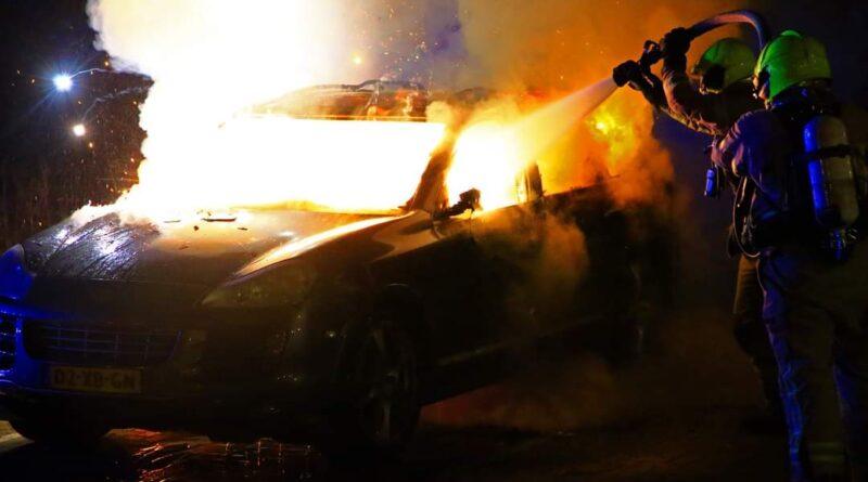 Auto uitgebrand aan Caspar van Gendtstraat