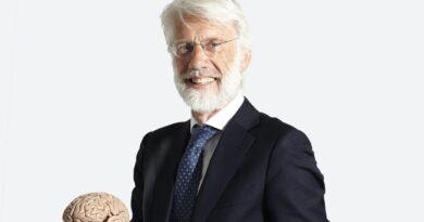 Erik Scherder spreekt in Ridderkerk